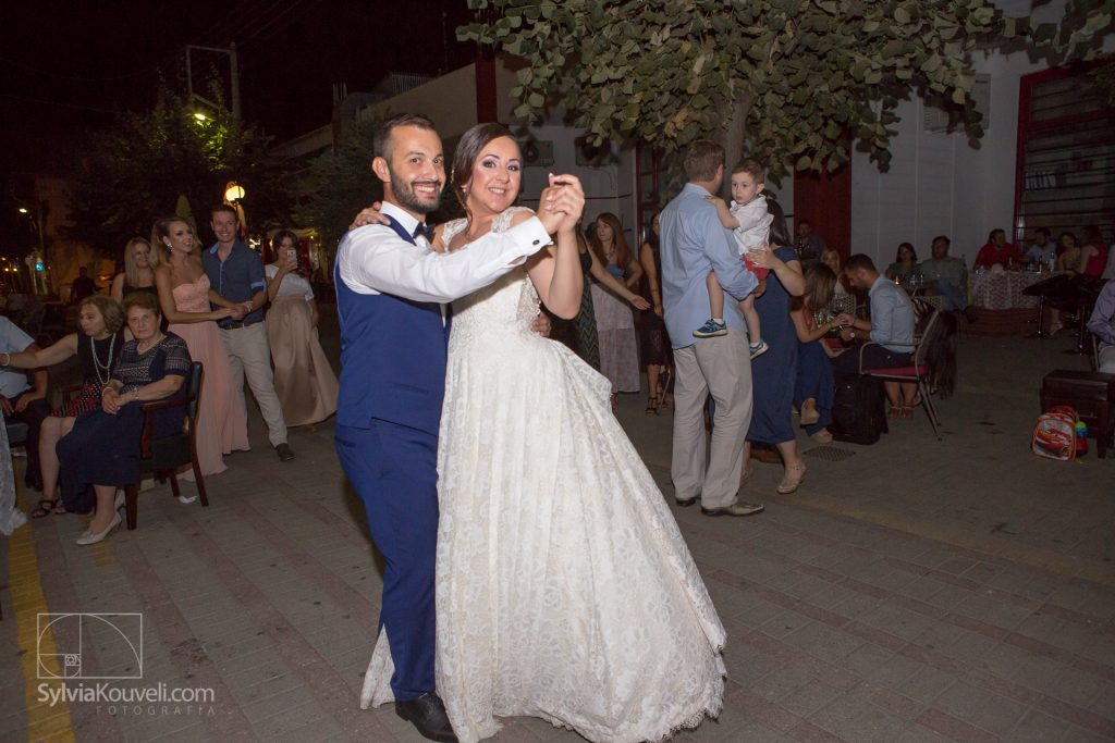 First dance, closing off a pedestrian street